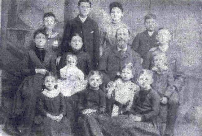 famille Joseph Girard-LeocadieNeveu