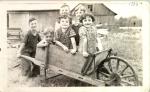 les enfants Léveillé - photo prise en 1938 - collection Marie-Paule Léveillé