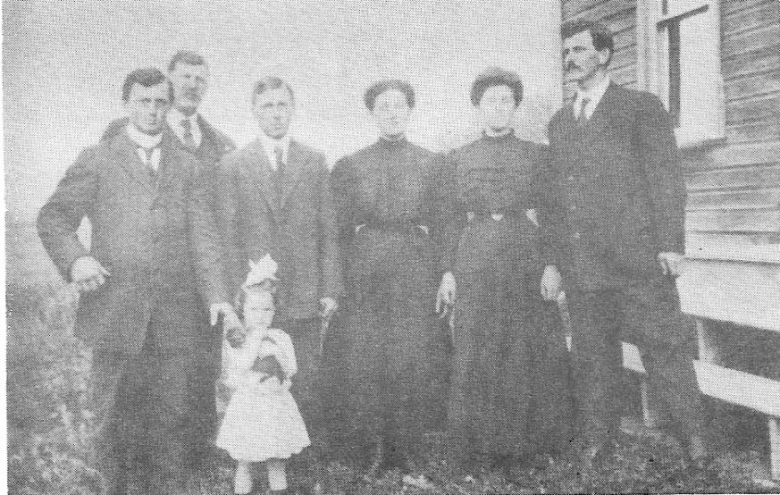 frères et soeurs Bohémier en 1910